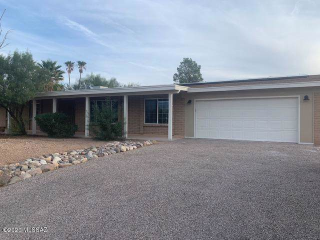 8200 E Wrightstown Terrace Court, Tucson, AZ 85715 (#22001697) :: Long Realty - The Vallee Gold Team
