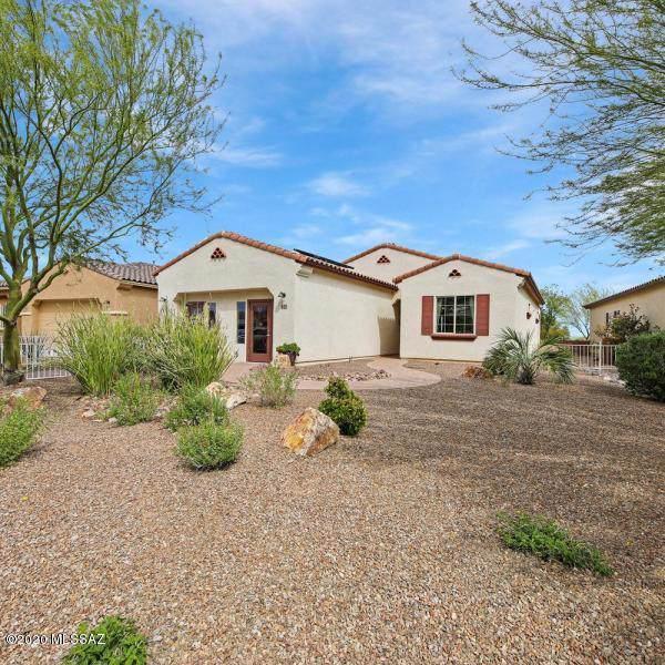 772 N Camino Colina Del Pino, Green Valley, AZ 85614 (#22002449) :: The Josh Berkley Team