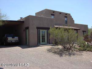 2325 W Wagon Wheels Drive, Tucson, AZ 85745 (#22002517) :: The Local Real Estate Group | Realty Executives