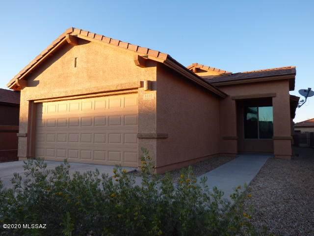 1150 W Pastora Peak Drive, Green Valley, AZ 85614 (#22002628) :: Long Realty - The Vallee Gold Team