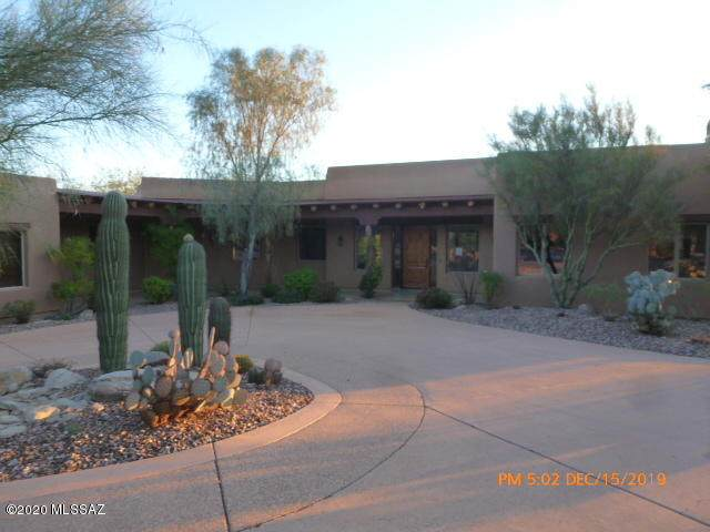 4917 W Dove Nest Place, Marana, AZ 85658 (#22005418) :: Long Realty Company