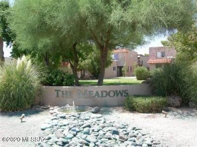 6774 Calle La Paz B, Tucson, AZ 85715 (#22006784) :: Long Realty - The Vallee Gold Team