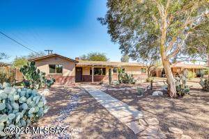 321 S Eastbourne Avenue, Tucson, AZ 85716 (#22008806) :: Keller Williams