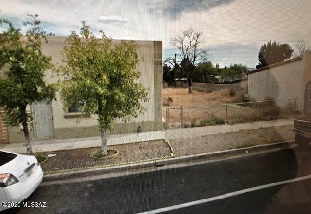 347 6th Green Street, Douglas, AZ 85607 (#22008895) :: Luxury Group - Realty Executives Tucson Elite