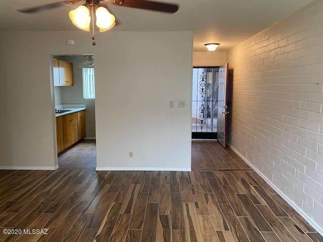 1776 S Palo Verde Avenue N113, Tucson, AZ 85713 (#22011210) :: Gateway Partners