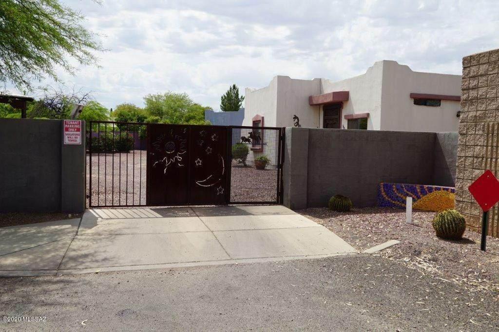 1517 Tucson Boulevard - Photo 1
