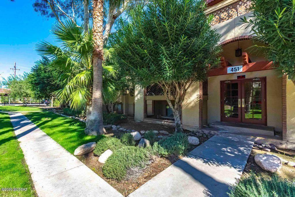 451 Yucca Court - Photo 1
