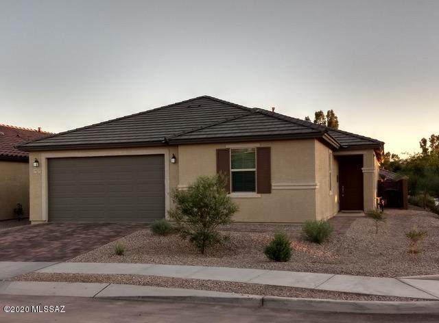 8675 N Rome Court, Tucson, AZ 85742 (#22012909) :: Long Realty - The Vallee Gold Team
