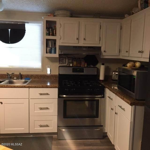 13130 W Vaqueros Road, Tucson, AZ 85743 (#22015841) :: The Local Real Estate Group | Realty Executives