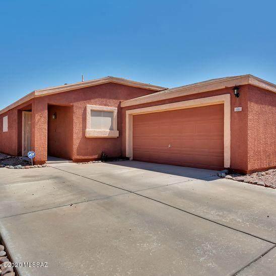 1590 W Bitter Orange Street, Tucson, AZ 85705 (MLS #22016962) :: The Property Partners at eXp Realty