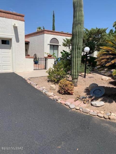 883 W Palma De Coco, Tucson, AZ 85704 (#22017134) :: Gateway Partners