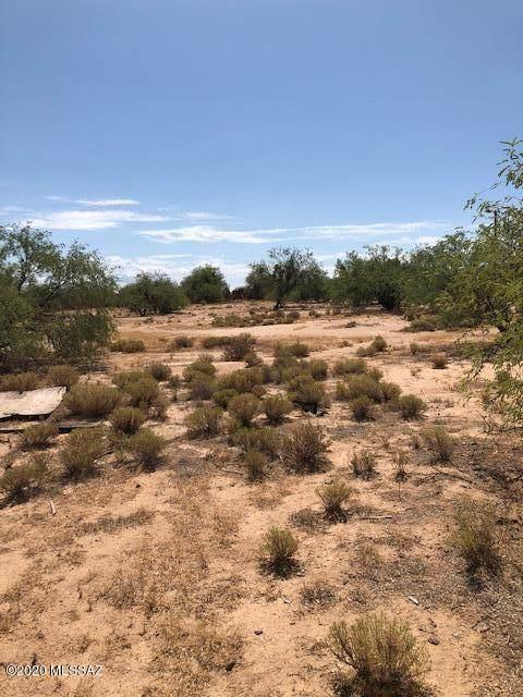 8915/8933 S Sunan Lane, Tucson, AZ 85736 (#22017778) :: Keller Williams