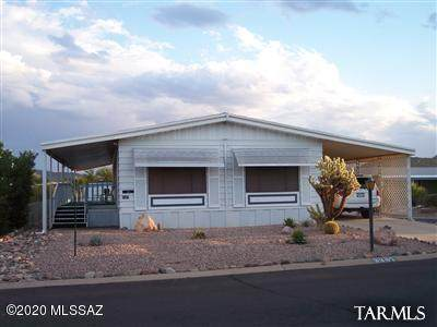 3397 W Excalibur Road, Tucson, AZ 85746 (#22018001) :: Long Realty - The Vallee Gold Team