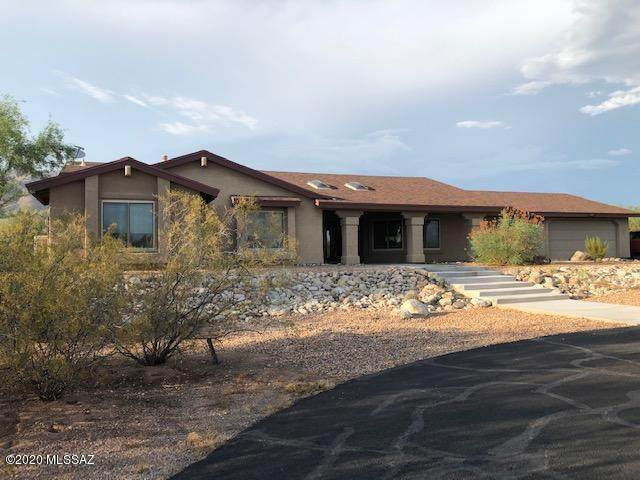 4267 N Windridge Loop, Tucson, AZ 85749 (#22019011) :: Long Realty - The Vallee Gold Team