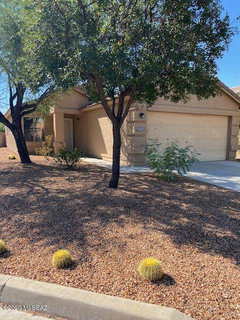 637 W Cholla Crest Drive, Green Valley, AZ 85614 (#22025728) :: Long Realty - The Vallee Gold Team