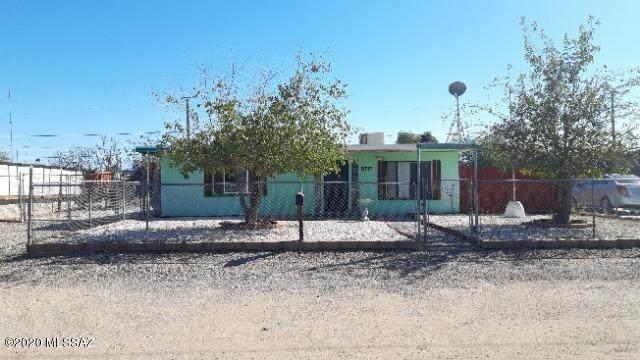 6717 S Melody Avenue, Tucson, AZ 85756 (#22026818) :: Long Realty Company