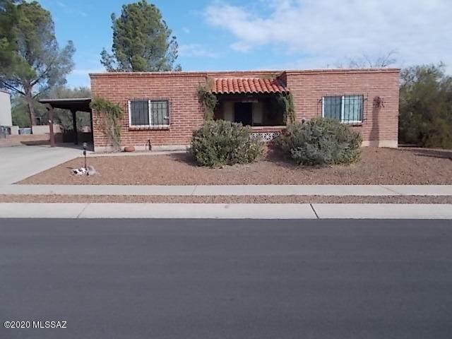 219 E Las Granadas, Green Valley, AZ 85614 (#22027213) :: The Local Real Estate Group | Realty Executives