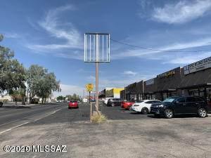 4620 Speedway Boulevard - Photo 1