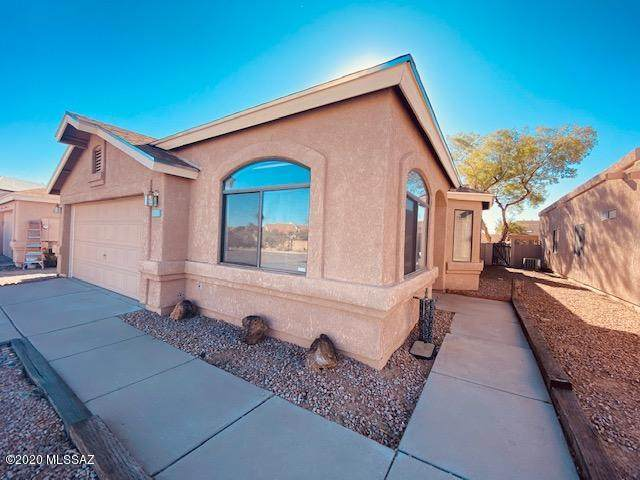 7786 S Lochnay Place, Tucson, AZ 85747 (MLS #22030233) :: The Property Partners at eXp Realty