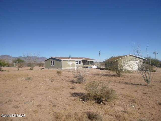 2356 N Mustang Heights Road, Huachuca City, AZ 85616 (#22031105) :: Keller Williams