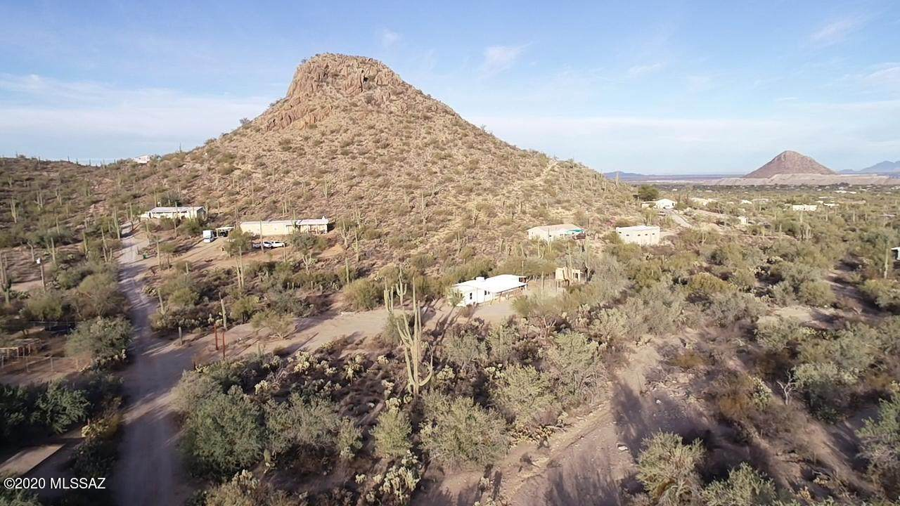 6655 Desert View Drive - Photo 1