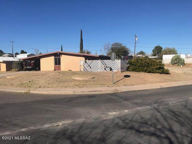 902 W 4Th Avenue, San Manuel, AZ 85631 (#22104062) :: Long Realty - The Vallee Gold Team