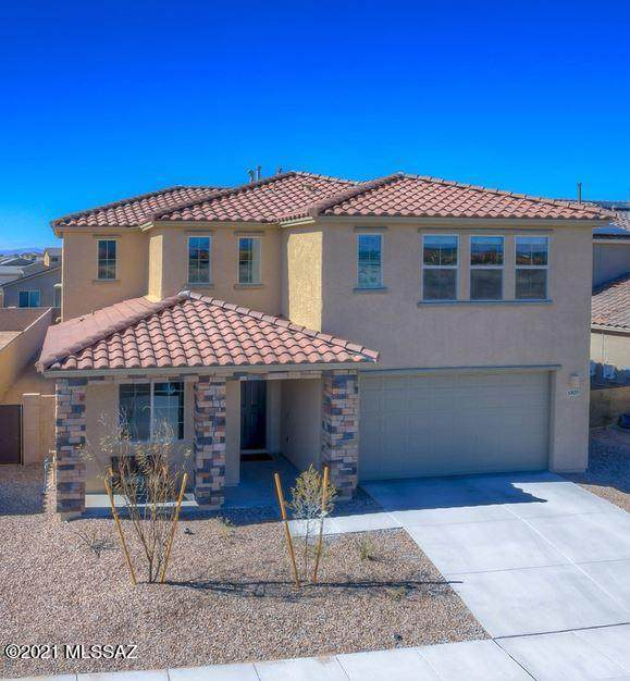 6820 E Via Arroyo Largo, Tucson, AZ 85756 (#22105217) :: Long Realty - The Vallee Gold Team