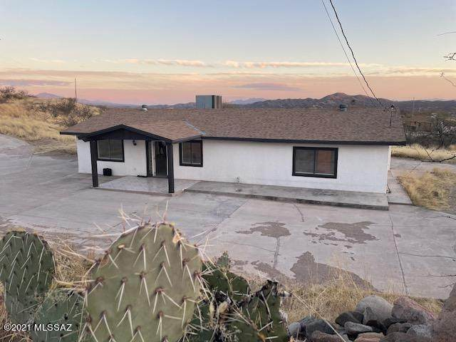 282 Paseo Mascota, Rio Rico, AZ 85648 (#22106546) :: Tucson Real Estate Group