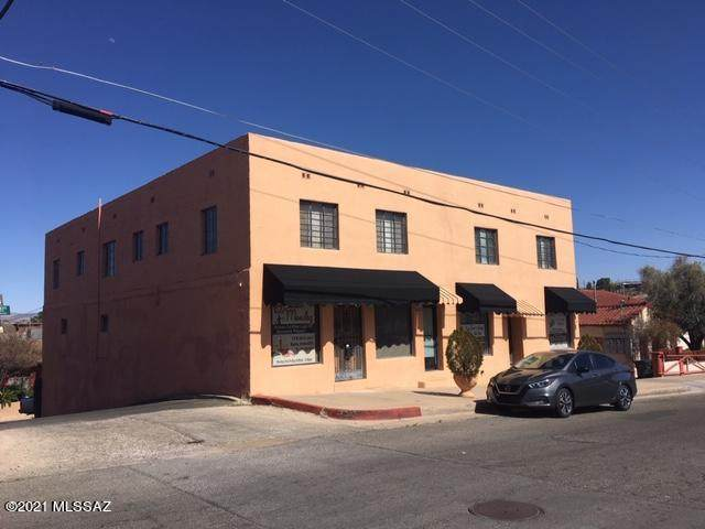 118 W Ellis Street, Nogales, AZ 85621 (MLS #22107713) :: The Luna Team