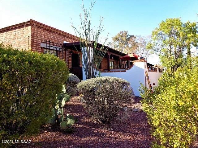 380 S Paseo Lobo A, Green Valley, AZ 85614 (#22109332) :: Kino Abrams brokered by Tierra Antigua Realty