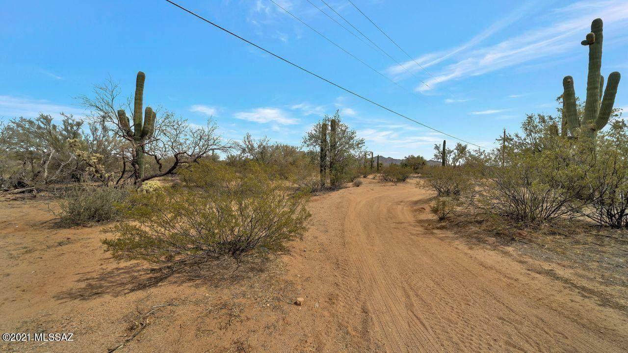 6580 Sandario Road - Photo 1