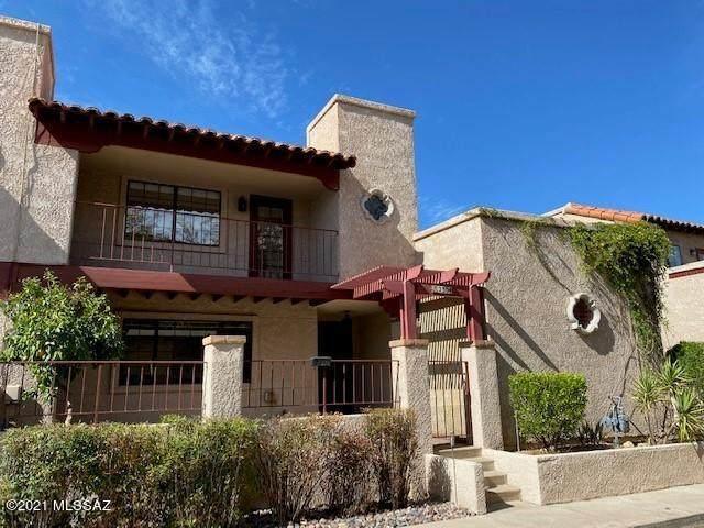 2304 W Paseo Cielo, Tucson, AZ 85742 (#22110459) :: Long Realty Company