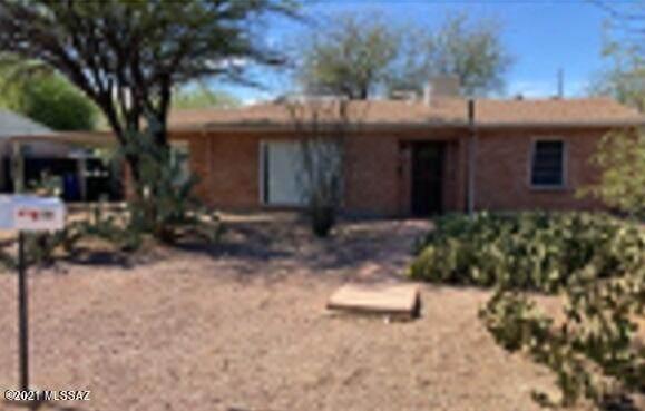 2866 E Alta Vista Street, Tucson, AZ 85716 (#22111442) :: Long Realty - The Vallee Gold Team