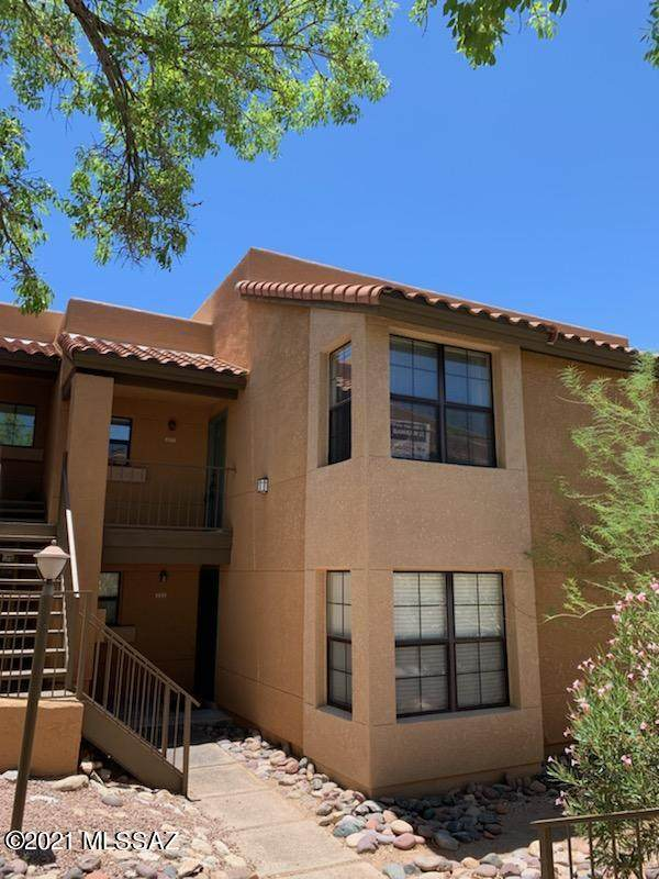 6651 N Campbell Avenue #221, Tucson, AZ 85718 (#22111528) :: Long Realty - The Vallee Gold Team