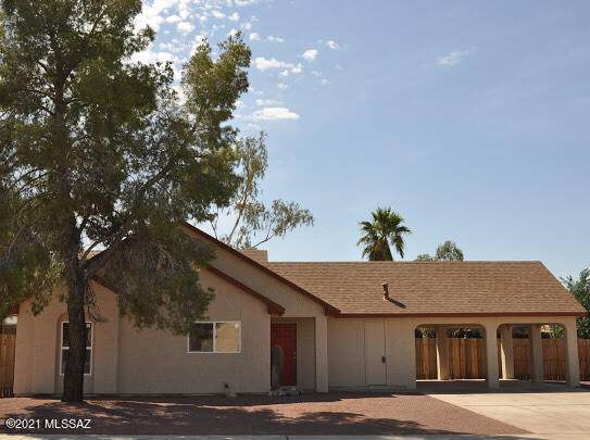 4809 W Spoonbill Drive, Tucson, AZ 85742 (#22114449) :: Long Realty - The Vallee Gold Team
