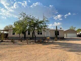 5722 W Placita Futura, Tucson, AZ 85742 (#22115739) :: Long Realty Company