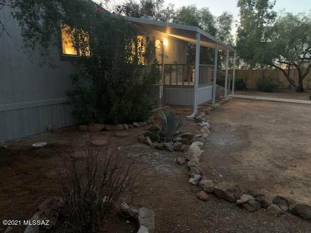 12466 W Vegas Drive, Tucson, AZ 85736 (#22123639) :: AZ Power Team