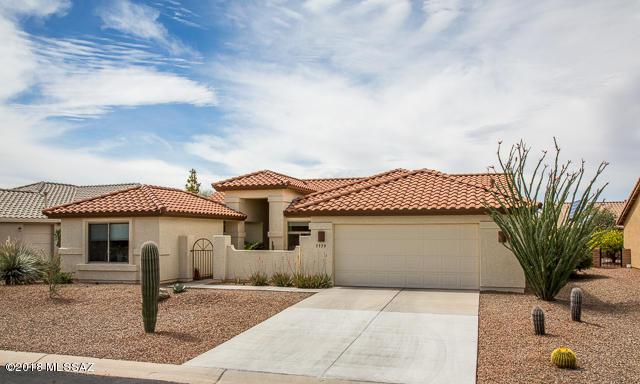 1559 N Buttes Drive, Green Valley, AZ 85614 (#21808492) :: My Home Group - Tucson