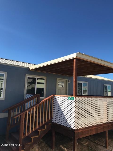 696 N Warren Road, Benson, AZ 85602 (#21833429) :: The KMS Team