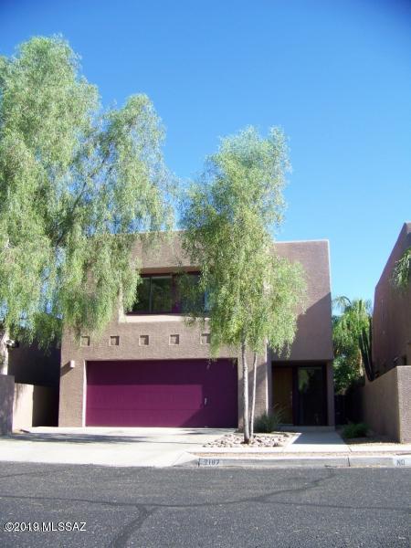 2167 E Gazania Lane, Tucson, AZ 85719 (#21900094) :: Long Realty Company
