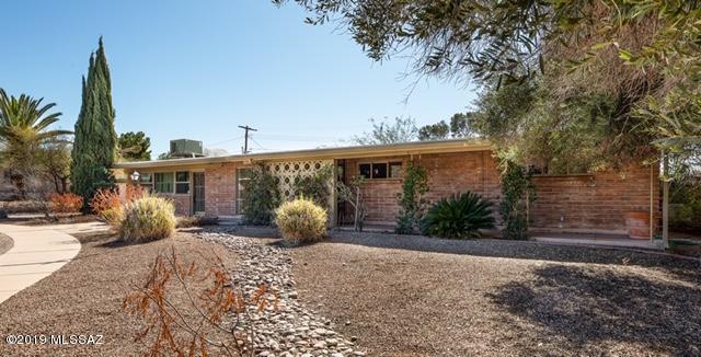 5656 E Towner Street, Tucson, AZ 85712 (#21904107) :: Long Realty Company