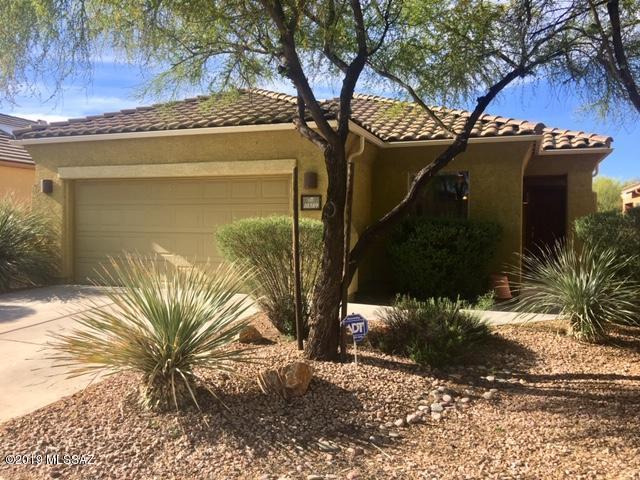 10389 Yew Place, Tucson, AZ 85747 (#21910283) :: Long Realty Company