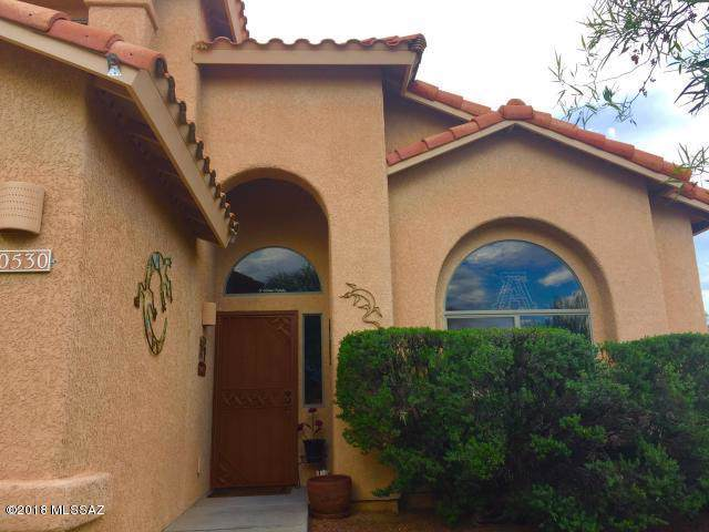 10530 N Camino Rosas Nuevas, Oro Valley, AZ 85737 (#21926563) :: Luxury Group - Realty Executives Tucson Elite