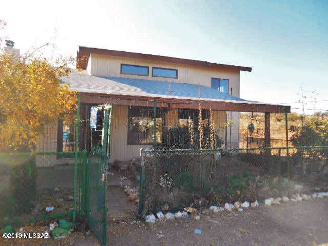 36250 Lazy Acres Trail, Arivaca, AZ 85601 (#21929396) :: Long Realty - The Vallee Gold Team