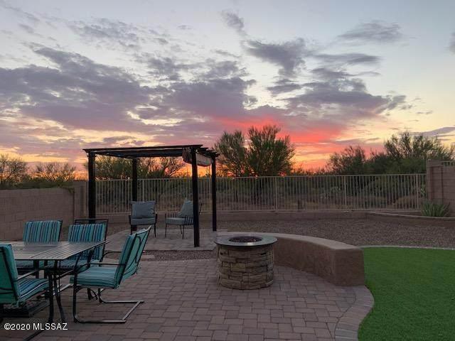 12543 N Summer Wind Drive, Marana, AZ 85658 (#22019199) :: Keller Williams