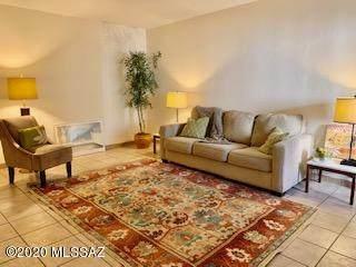 4168 N Via Villas, Tucson, AZ 85719 (#22029271) :: Keller Williams