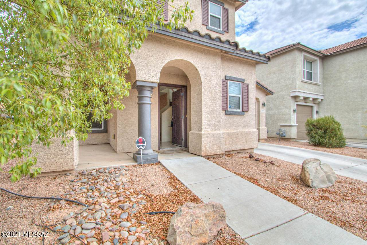 7603 Agave Overlook Drive - Photo 1