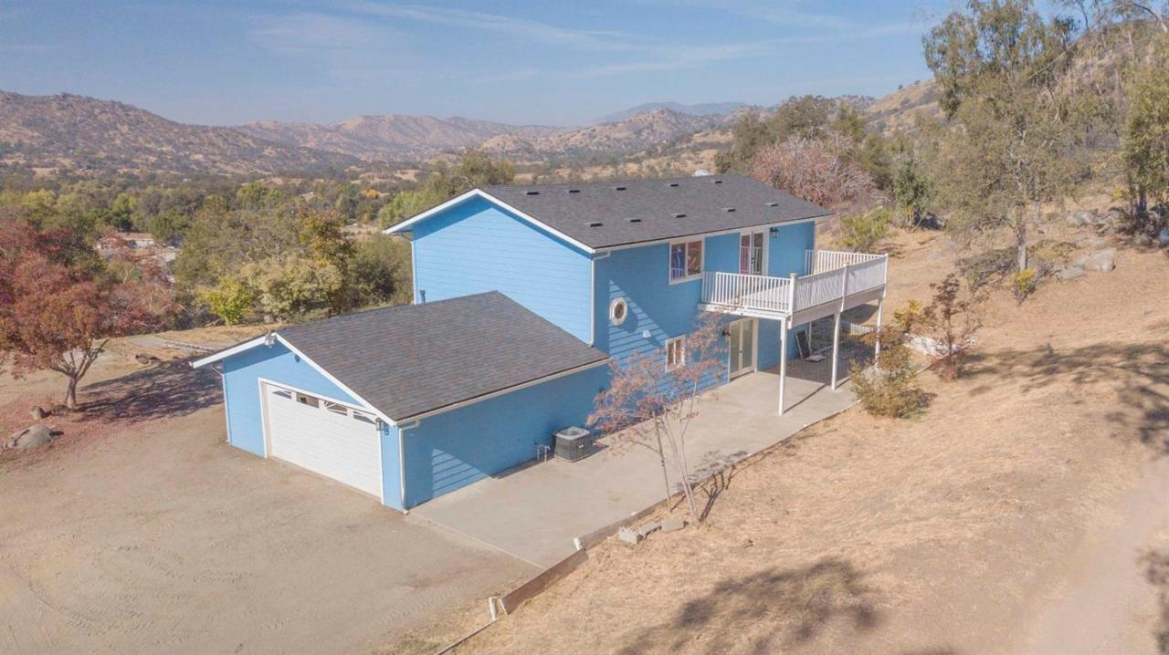 38512 Pepperweed Road - Photo 1