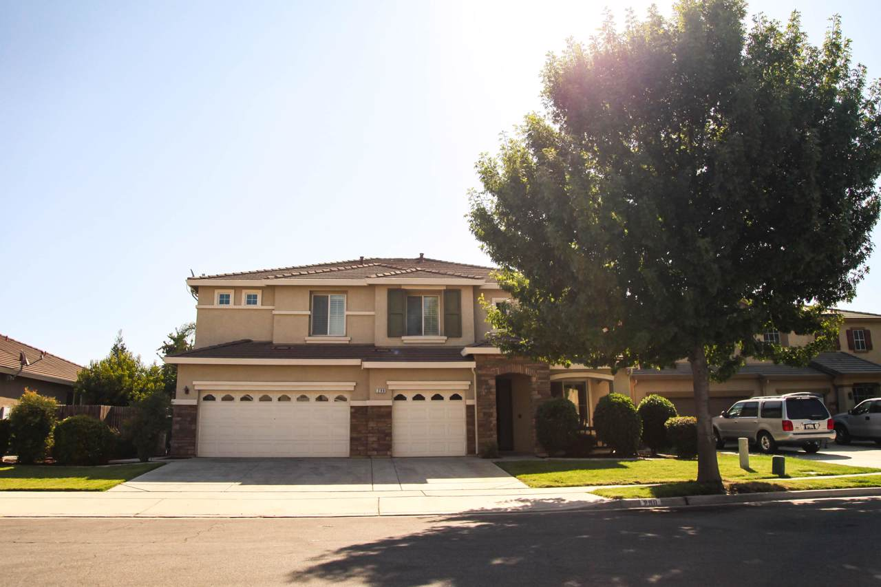 298 Campbell Court - Photo 1