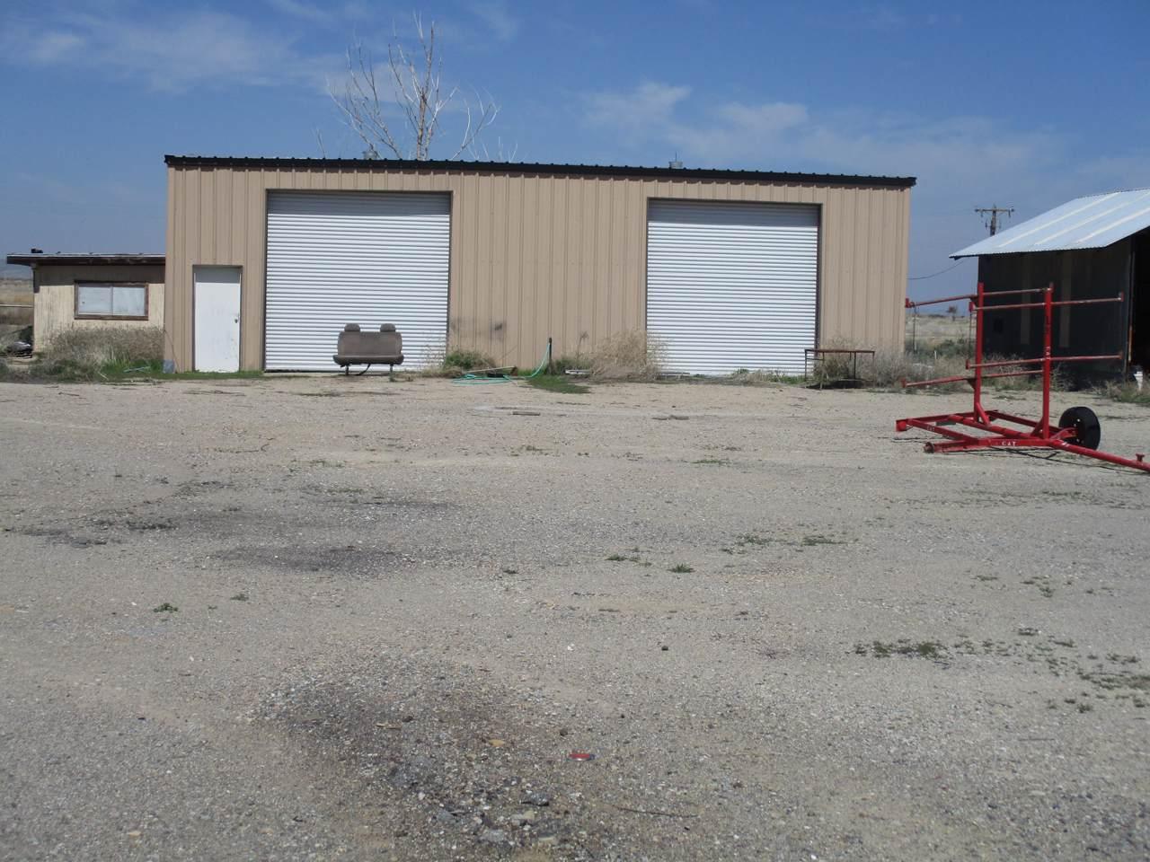 25103 Maricopa Highway - Photo 1